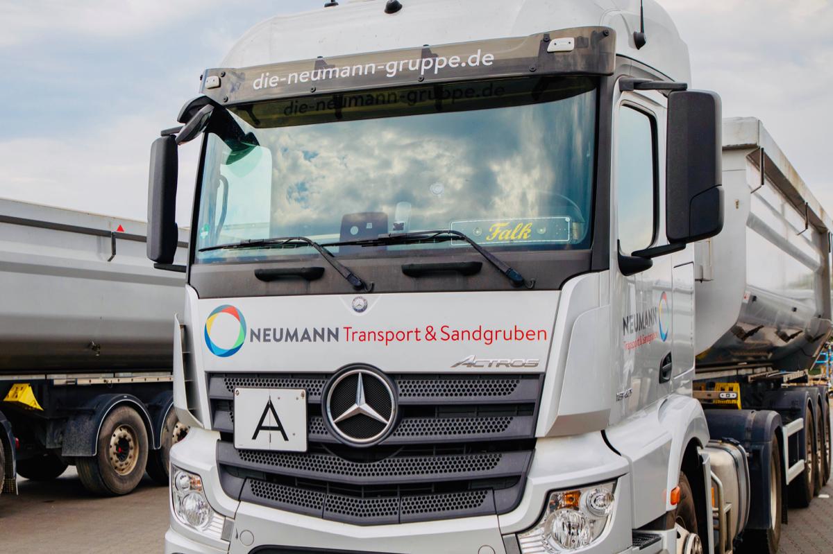 neumann-truck