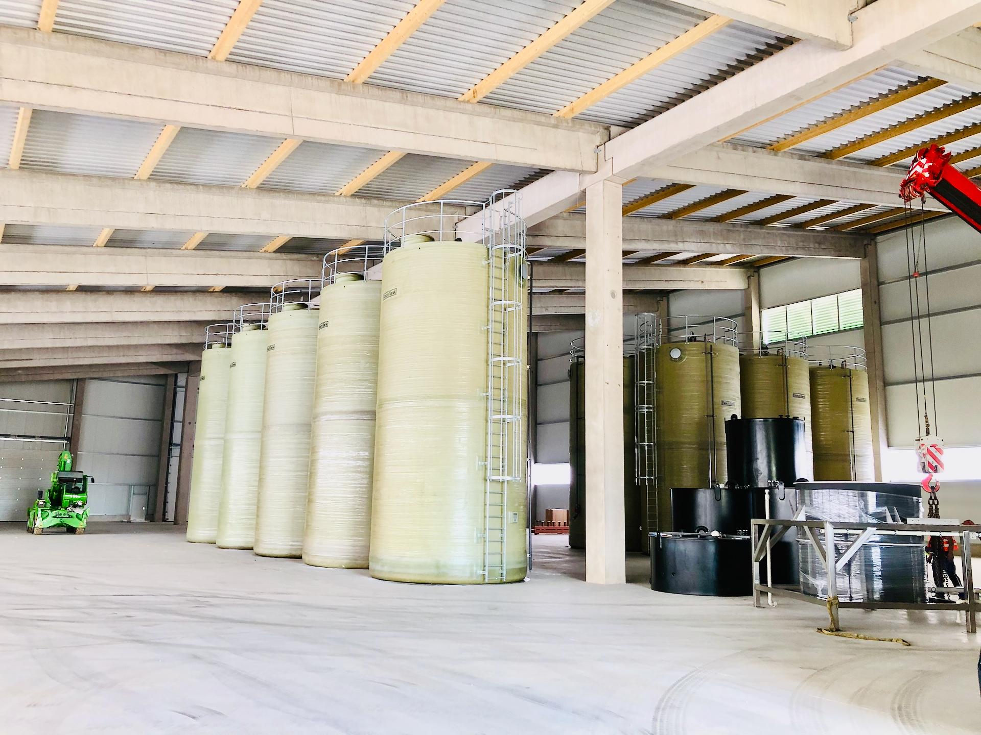 Reinwassertanks der Abwasseraufbereitung Reesen